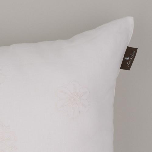 Terre-de-Coton-Hand-Embroidered1