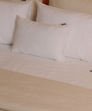 Terre-de-Coton-Paisley-Linen-Bed-Concept