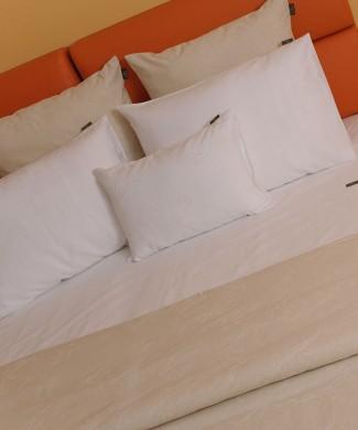 Terre-de-Coton-Paisley-Linen-Bed-Concept2